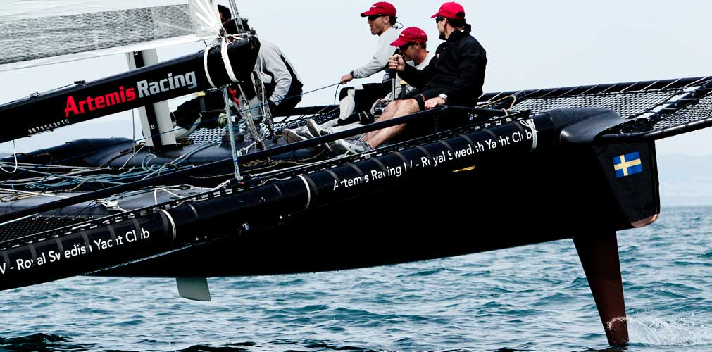 Artemis Racing avec Paul Cayard à la barre / 2011 / photo P. Schiller - myimage